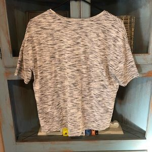 Lululemon size 6 crop top tee